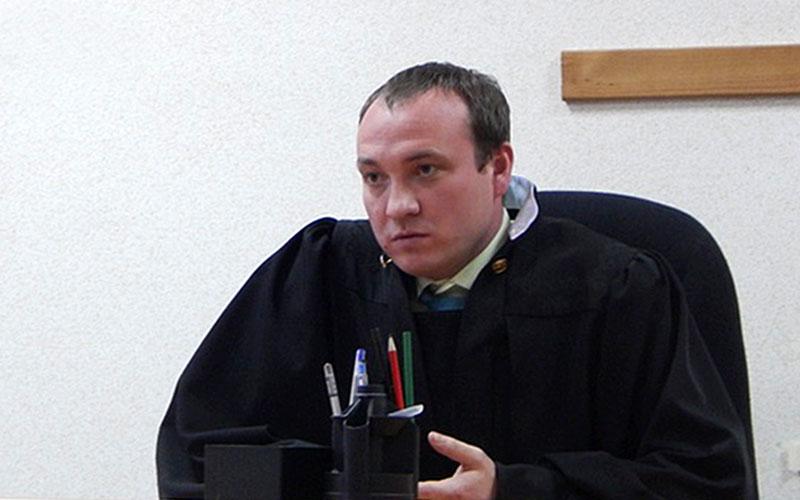 Судью изАсбеста подозревают вполучении шестимиллионной взятки