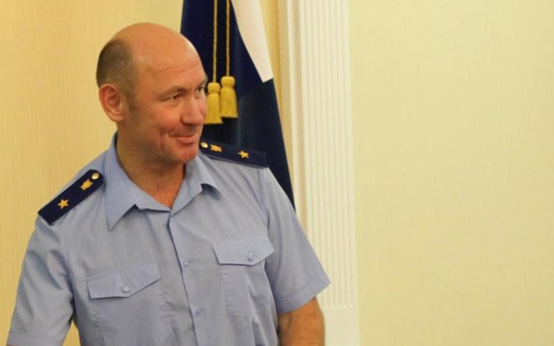 Подозреваемый вполучении взятки экс-прокурор Ленобласти скончался в клинике