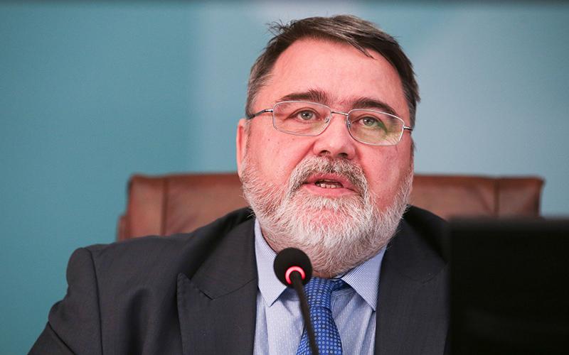ФАС потребует отаэропортов столицы расширить число таксопарков «первой линии»