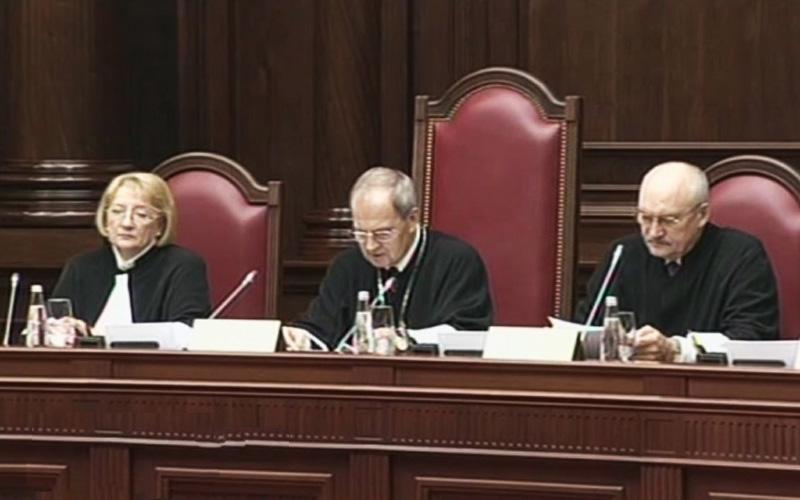 Благодаря государственной думе вСаратове получат работу 600 юристов и120 судей